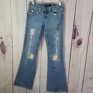 Vigoss | Distressed & Upcycled Jeans